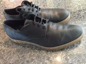 CALVIN KLEIN COLLECTION IN LEATHER ONLY £25!!!!!!! SIZE UK 10