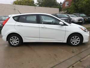 2014 Hyundai Accent GL/PRICED FOR AN IMMEDIATE SALE/ LOW, LOW KM Kitchener / Waterloo Kitchener Area image 10
