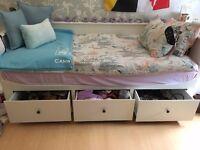 Day-bed w 3 drawers/2 mattresses HEMNES