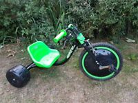 KIDS RAZOR HOG ELEKTRA WITH LIGHT UP WHEEL IN EXCELLENT CONDITION