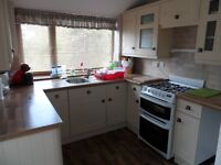 To Let -Furnished Double Bedroom - Close to Uni - 4 bed house - No Fees-Students/Young Professionals