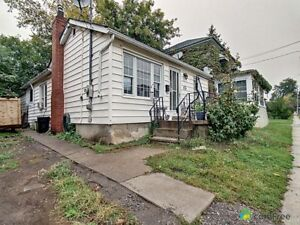$225,000 - Bungalow for sale in St. Catharines