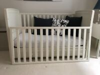 Cot bed White Company
