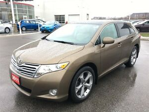 2011 Toyota Venza Nicely Equipped V6 AWD! Fully Certified and Cl
