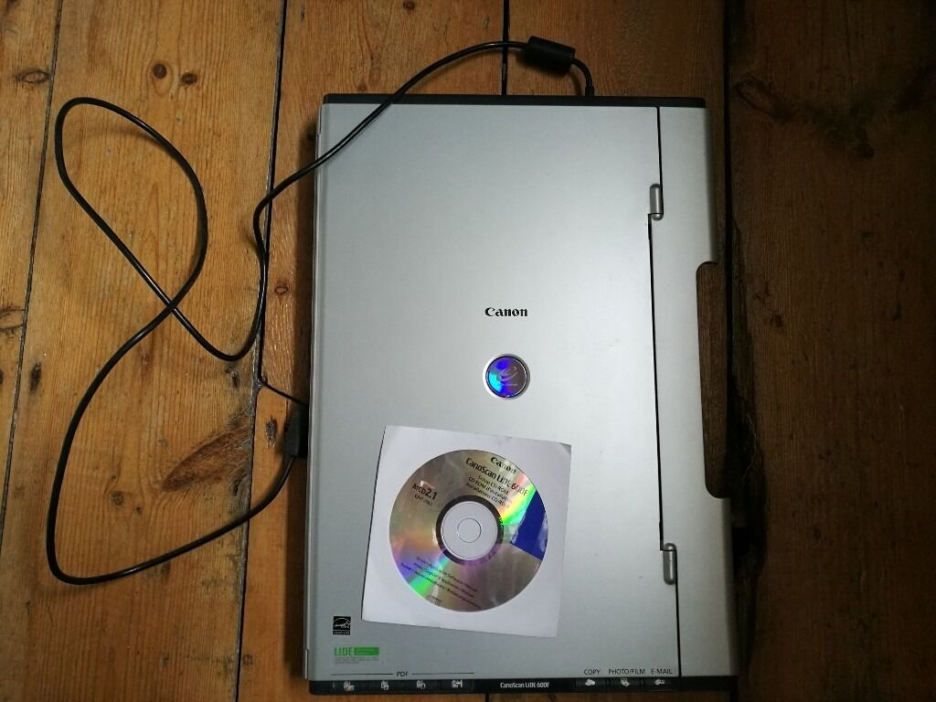 Canon Canoscan Lide 600f scannerin Camberwell, LondonGumtree - Canon Canoscan Lide 600f scanner, Ergonomic, 3 Way design FARE and QARE Level 3 dust/scratch removal 4800 x 9600dpi, 48 bit colour depth USB 2.0 Hi Speed Scan to PDF Multi photo mode 7 EZ buttons Comprehensive software package Ergonomically designed,...