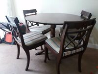 Mahagony wood dinning table with 4 chairs