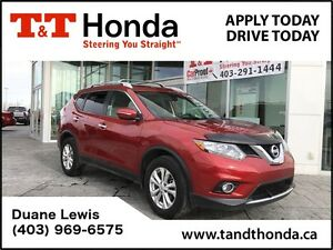 2015 Nissan Rogue SV *No Accidents, Locally Owned, iPod Ready