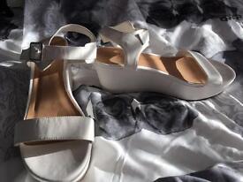 Size 7 plain white wedges