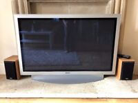 TV FOR SALE NO POWER CABLE AND SOUND BUT SPEAKERS INCLUDED