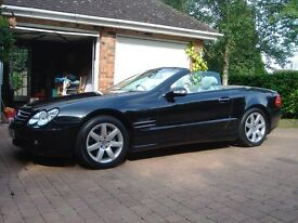4 x immaculate genuine Mercedes SL350/SL500 alloy wheels with virtually unused Michelin tyres