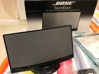 Bose SoundDock Digital Music System with FREE iPhone Adapter