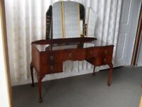 VINTAGE MAHOGANY FIVE DRAWER KNEEHOLE DRESSING TABLE WITH TRIPLE MIRROR FREE DELIVERY