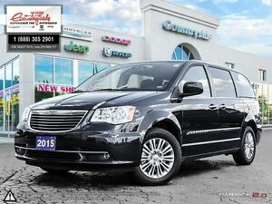 2015 Chrysler Town & Country Touring-L *STOW N GO, NAV & DVD*