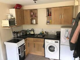 One Bedroom Unfurnished Flat with allocated parking, short walk from centre of Wincanton.