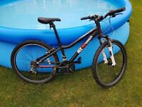 Ridgeback MX24 Terrain Mountain Bike - Front Suspension (Black with white forks)