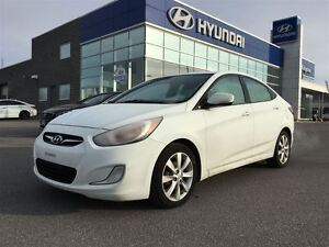 2013 Hyundai Accent GLS *SUNROOF-HEATED SEATS*