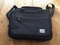 Victorinox - compact 13'' Laptop and Tablet Briefcase