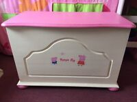 Solid wood trunk chest toy storage box