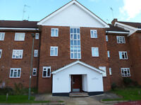 A THREE DOUBLE BEDROOM FLAT WITH BALCONY CLOSE TO EAST FINCHLEY NORTHERN LINE STATION (ZONE 3)