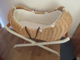Mothercare The Snug Moses Basket with The Stand