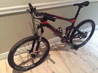 LOOK 920 (2012) Mountain Bike, Full Suspension, Carbon Fibre Body, Black/Red.