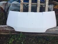 White Ford Transit Smiley Bonnet - £10