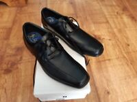 Clarks boys school formal shoes Uk 4.5 F Black leather New with box