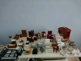 Lots of dolls house furniture