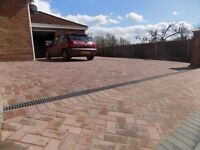 Specialist Installers of Natural stone patios ,Driveways in block paving, Asphalt,Tar and stone