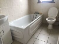 Spacious Two Bed 1st Floor Flat with Garden in Ilford