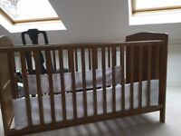 Child's Cot/Bed in great condition - bought from new (John Lewis Tara Cotbed, Neutral)