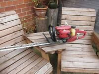 PETROL HEDGE TRIMMER...NON RUNNER..SPARES OR REPAIR