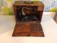 ORIGINAL ANTIQUE JONES CAST IRON FIDDLE BASE LOCK STITCH HAND CRANK SEWING MACHINE
