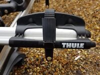 2 Thule Professional Bar (392) & 4 ProRide Bike Carrier (591)
