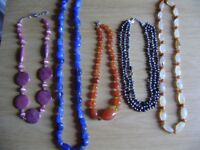 Jewellery, semi-precious stones necklaces and braclets