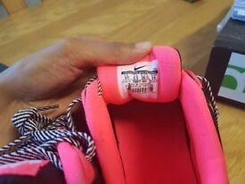 Nike max air womens trainers