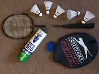 Eagle Carbon Fibre Badminton Racket Plus Shuttlecocks