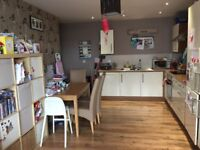 2 bed,2 bath flat central Chelmsford for summer