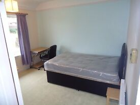 All bills included! Only £349 PCM! Lovely Double room