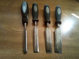 wood chisels x 4 wickes