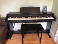 Roland Digital Piano HP136