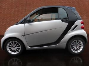 2011 smart fortwo PURE -- LOW 55,000 KM -- AUTOMATIC -- A/C