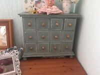 Small table top chest of draws