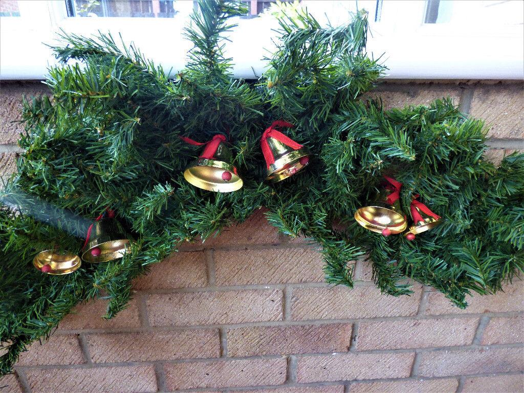 rare ye merrie minstrel 12 caroling christmas bells 17m spruce garland swag excellent