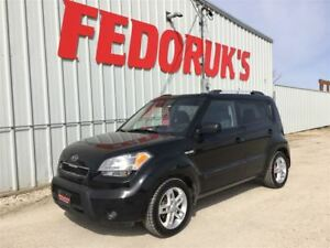 2011 Kia Soul 2u 1 YR WARRANTY INCLUDED!!
