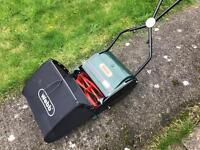 Webb push along lawnmower