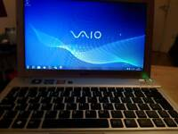 Sony vaio laptop 4gb ram 500gb hdd