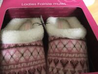 Women pink slippers NEW and unused size 6