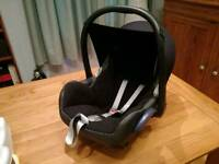 Maxicosi car seat - £45 open to offers