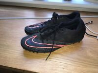 Size 8 mens football boots